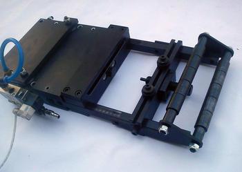 Podajnik pneumatyczny do podawania blachy-taśmy-drutu - łatwy montaż