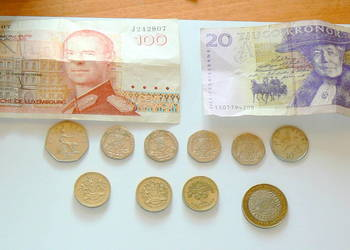 Monety i Banknoty nieobiegowe zagraniczne-zestaw