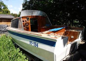 łódź motorowa łódka motorówka jacht szalupa tratwa