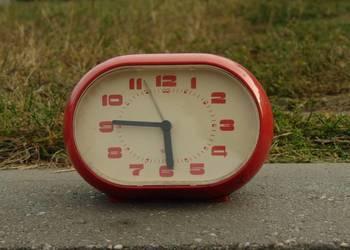 Zegar budzik Poltik