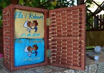 Ręczniki z imionami prezent na ślub rocznicę ślubu haft