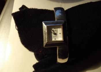 Zegarek japonski  sztywna bransoleta