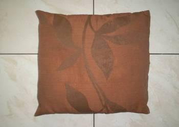 Używana brązowa poduszka z rypsu 38 cm x 33 cm