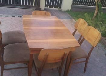 Stół rozkładany plus 6 krzeseł, połysk