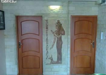 płaskorzezba egipska rzezba sztukateria  gipsowa płytki