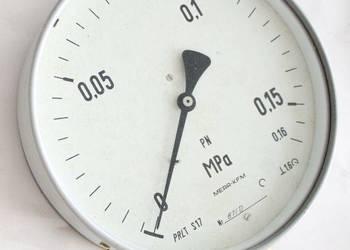Manometr zakres od 0 do 0,15 (0,16) MPa, fi 160, polskie