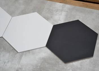 płytka hexagonal czarno biała opal 28x33,5 matowa