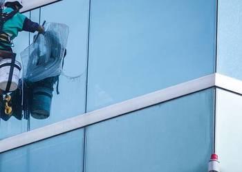 Mycie okien tradycyjnie oraz metodą alpinistyczną na sprzedaż  Warszawa