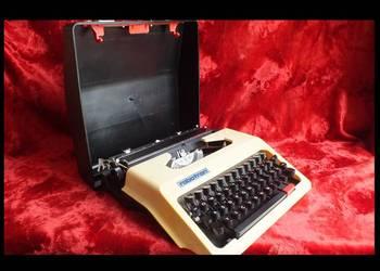 Cella Robotron mała zgrabna maszyna walizkowa do pisania Spr