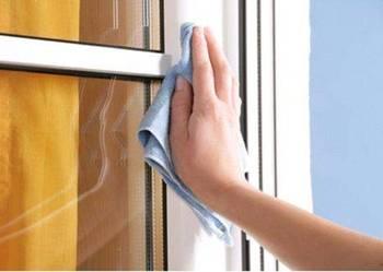 Mycie okien i witryn sklepowych