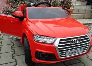 Samochód - na - akumulator - Pojazd Audi Q7 2.4G New Model