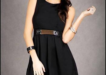 jokastyl* Rozkloszowana czarna sukienka klamra M WYPRZEDAŻ %