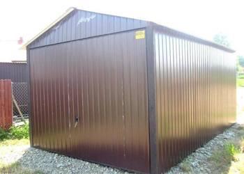 Garaż blaszany z bramą uchylną dwuspadowy blacha kolor