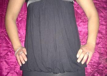6b9e2ed2b2 Czarna sukienka z Satynowym dodatkiem na biuście - Sprzedajemy.pl
