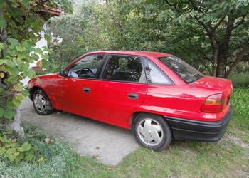 Opel Astra F czerwona 2000 r  1.4 LPG Warszawa