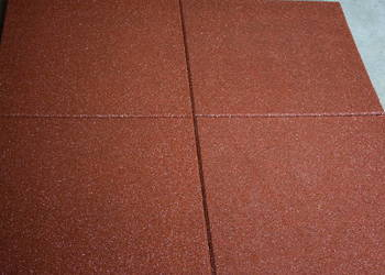 Płyta gumowa plac zabaw 100x50x4cm HIC 1,3m