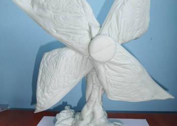 JEDYNY kwiatek wykonany z plastiku HDPE idealny na prezent