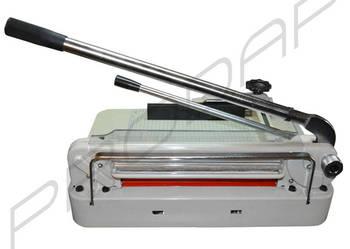 Gilotyna A3 do papieru ręczna z dociskiem tnie 4cm NOWA FV