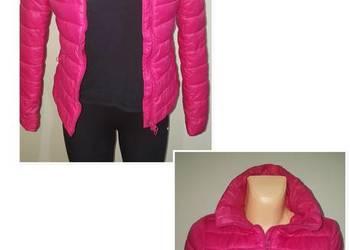 Różowa delikatna kurtka