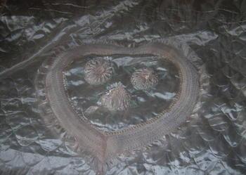 Narzuta - kapa na łoże-adamaszek