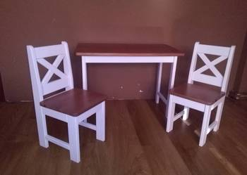 Super mebelki stolik + krzesełka.