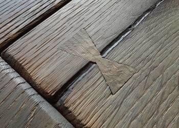 Podłoga dębowa postarzana
