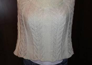 ponczo ręcznie robione na drutach