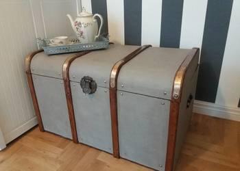 Piękny stary kufer po renowacji, w stylu Vintage