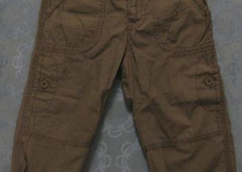 Spodnie zielone (khaki) ze sklepu H&M - rozmair 92 - stan idealny.