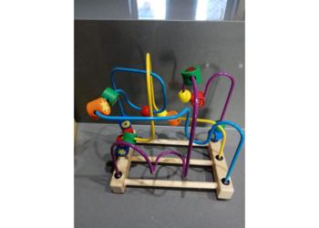 Labirynt zabawka drewniana edukacyjna
